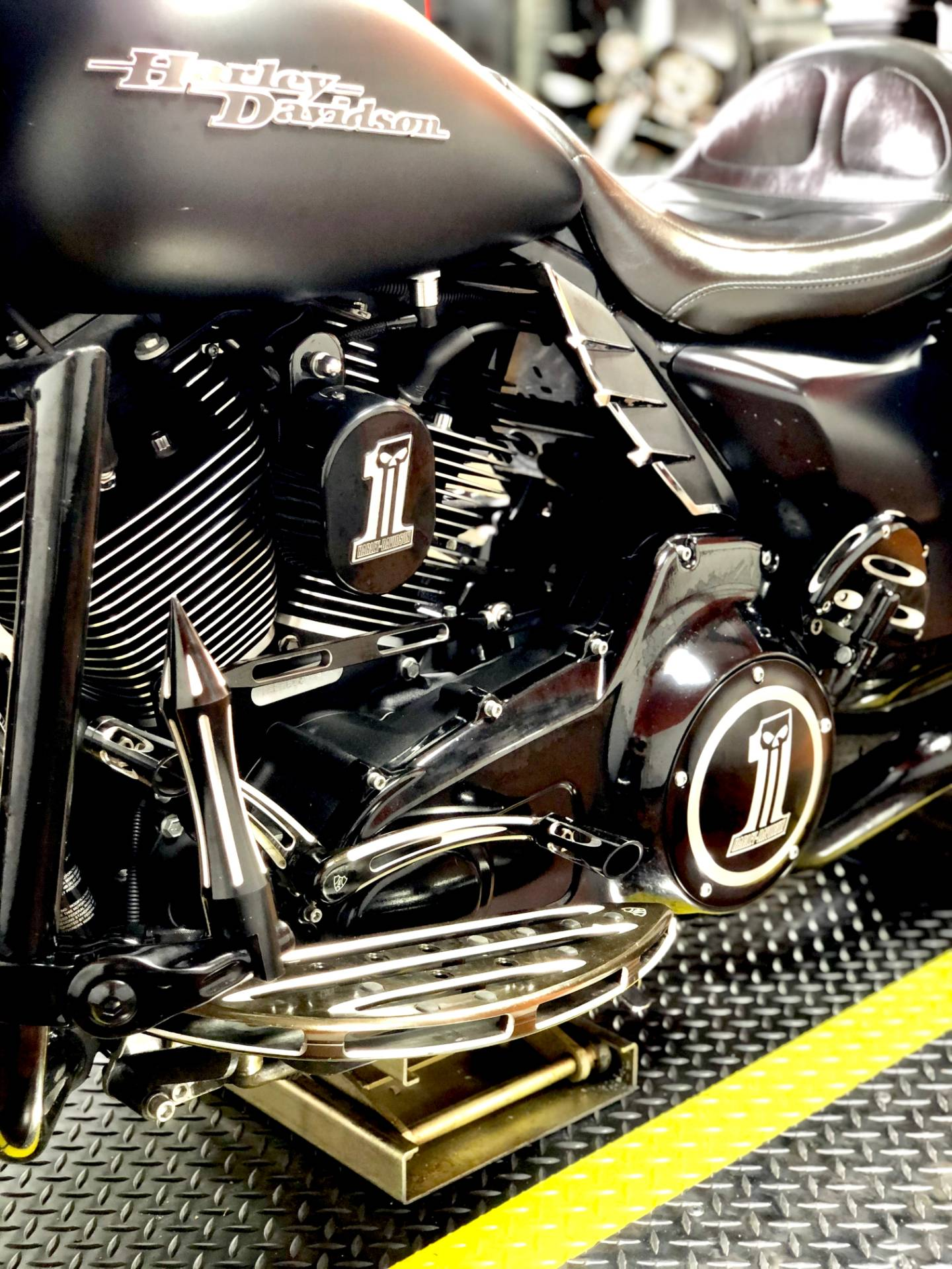 2016 Harley-Davidson Street Glide® in Marion, Illinois - Photo 8