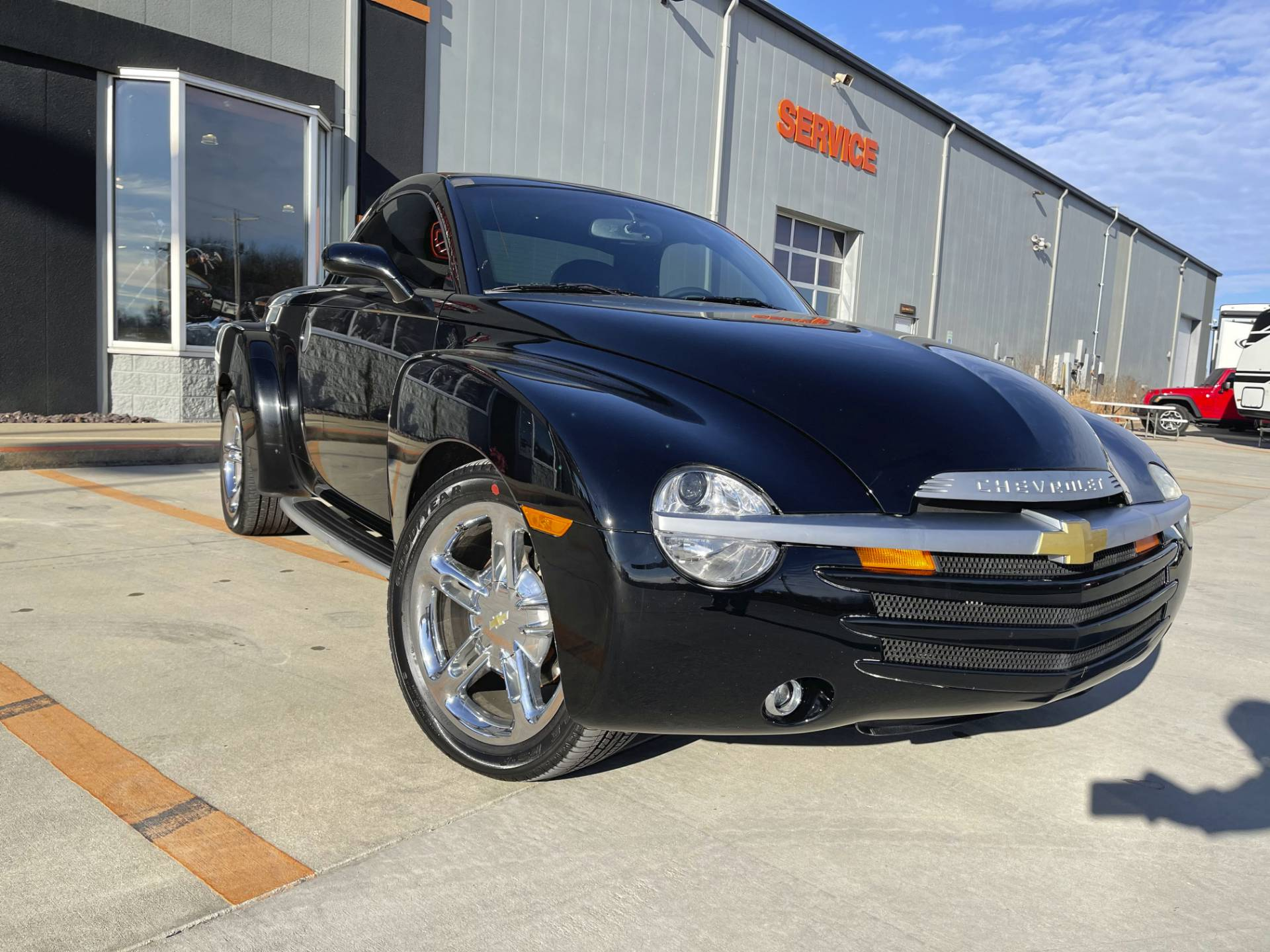 2005 Chevrolet SSR in Marion, Illinois - Photo 3