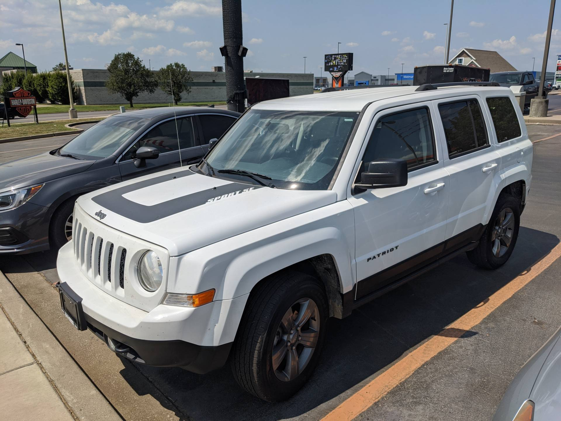 16 Jeep Patriot in Marion, Illinois