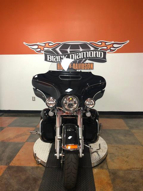 2017 Harley-Davidson Ultra Limited Low in Marion, Illinois - Photo 8