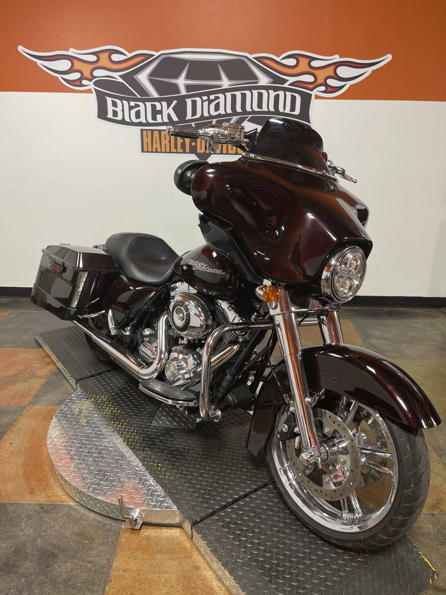 2011 Harley-Davidson Street Glide® in Marion, Illinois - Photo 6