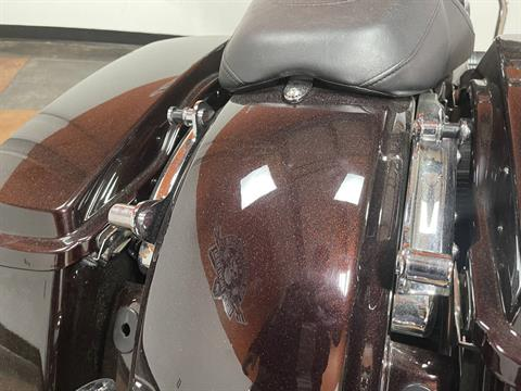 2011 Harley-Davidson Street Glide® in Marion, Illinois - Photo 13