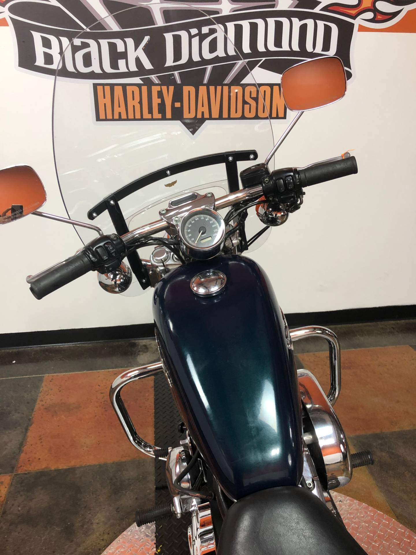 2001 Harley-Davidson XL 1200C Sportster® 1200 Custom in Marion, Illinois - Photo 5