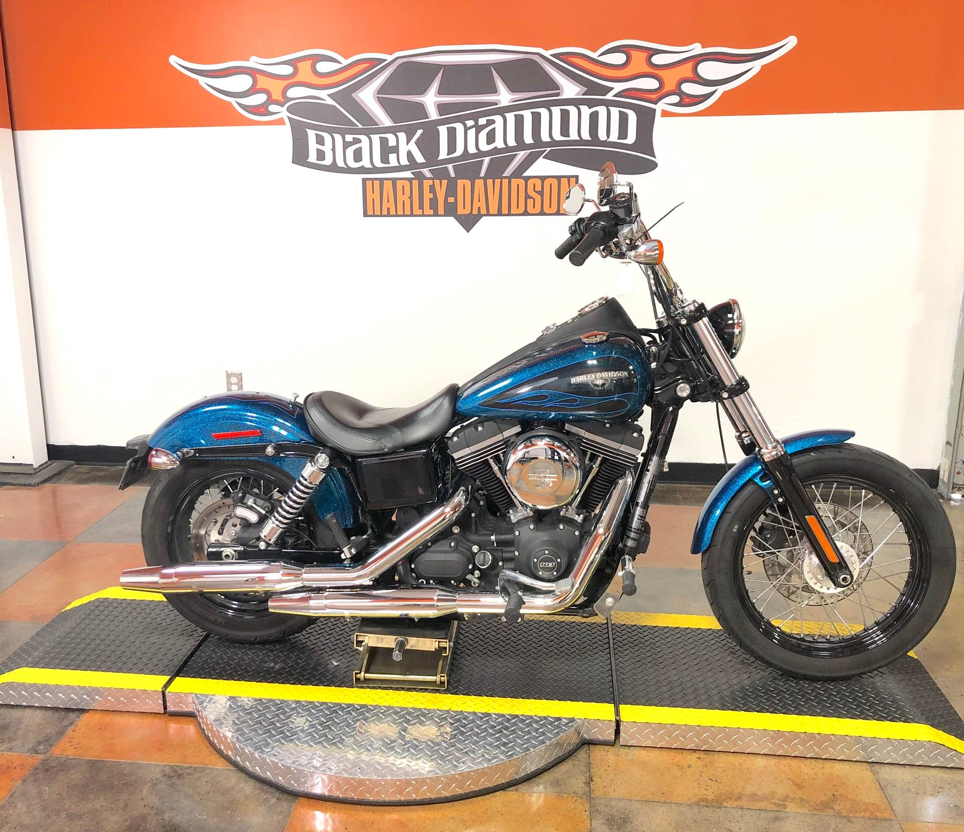 2016 Harley-Davidson Street Bob® in Marion, Illinois - Photo 1