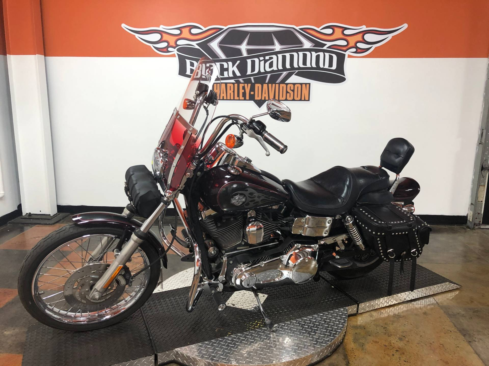 2005 Harley-Davidson FXDWG/FXDWGI Dyna Wide Glide® in Marion, Illinois - Photo 3