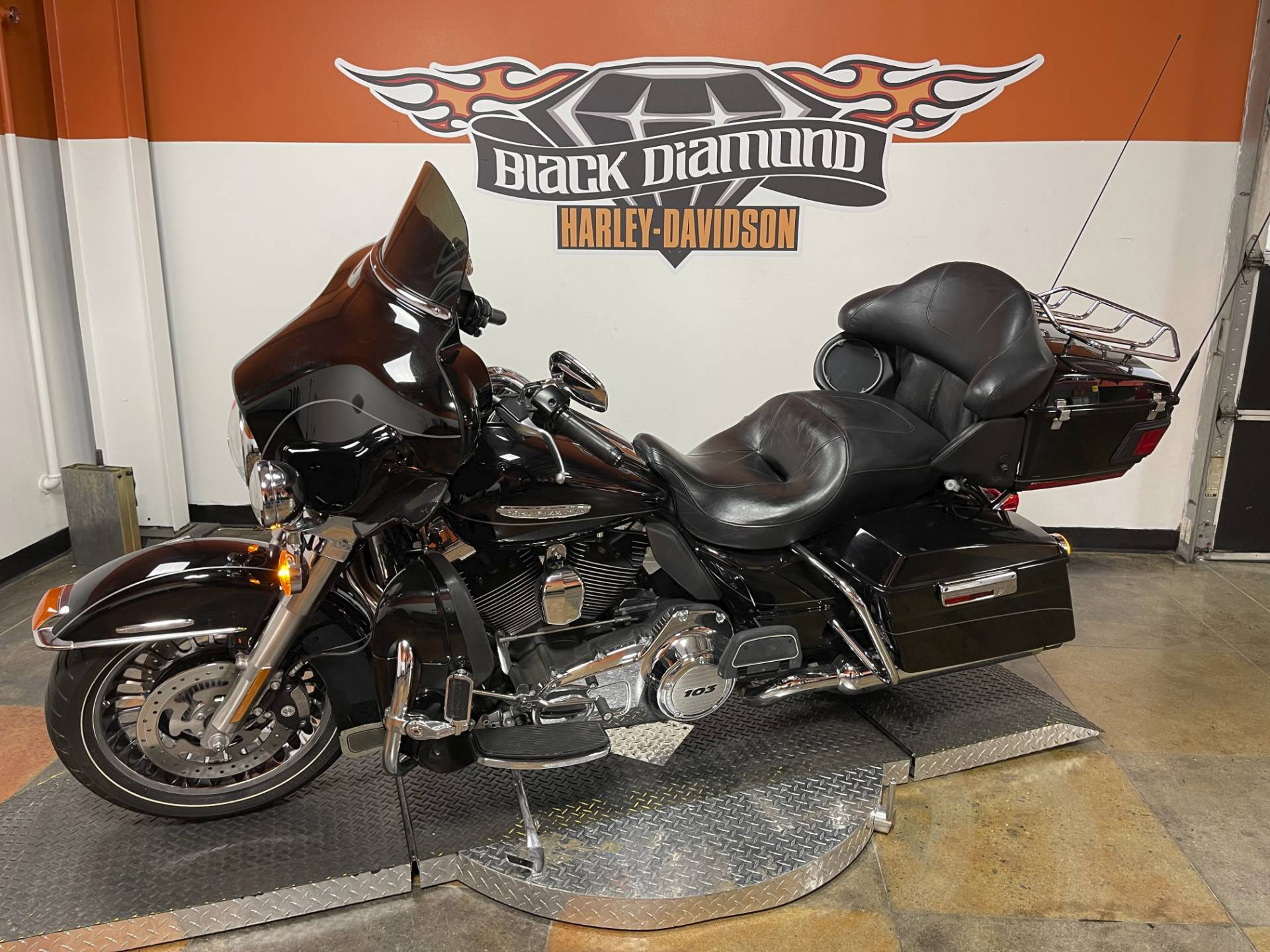 2011 Harley-Davidson Electra Glide® Ultra Limited in Marion, Illinois - Photo 4