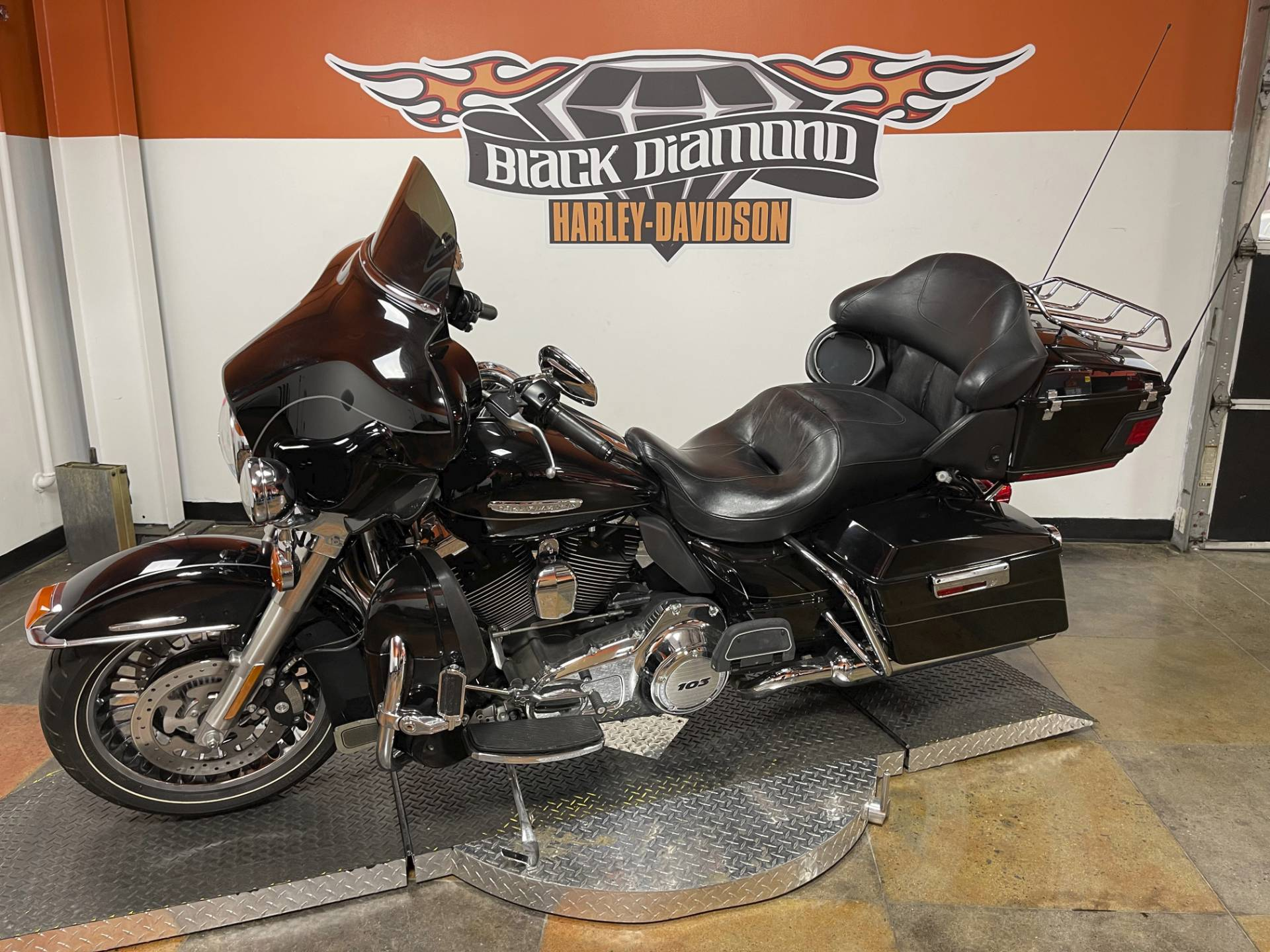 2011 Harley-Davidson Electra Glide® Ultra Limited in Marion, Illinois - Photo 5