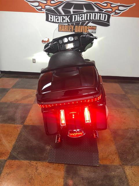 2014 Harley-Davidson Electra Glide® Ultra Classic® in Marion, Illinois - Photo 6