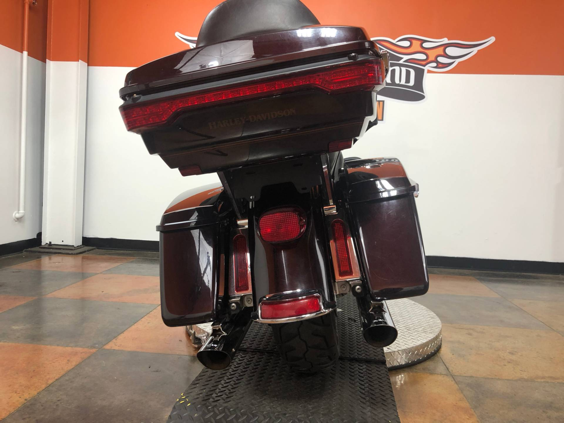 2014 Harley-Davidson Electra Glide® Ultra Classic® in Marion, Illinois - Photo 8