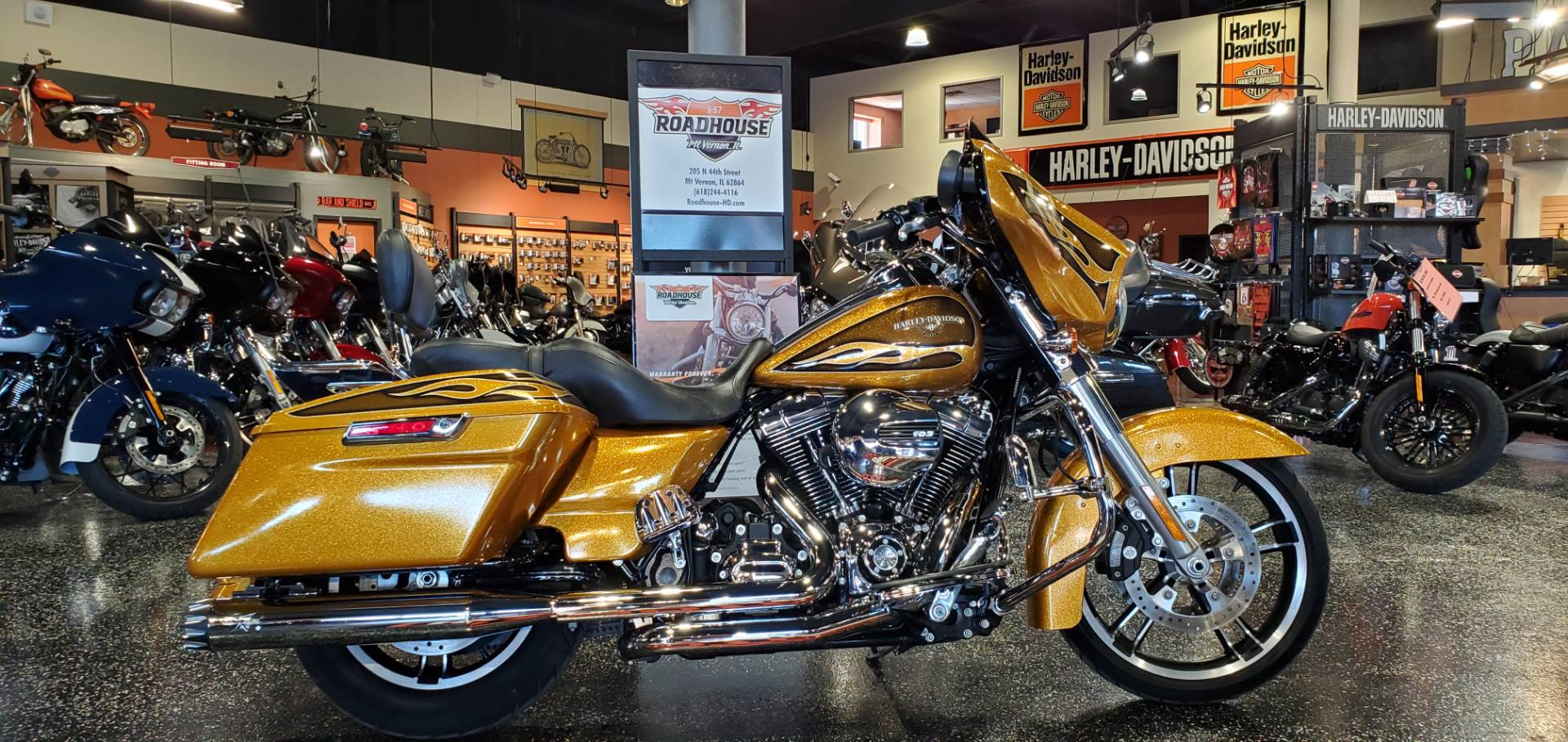 2016 Harley-Davidson STREET GLIDE SPECIAL in Mount Vernon, Illinois - Photo 1