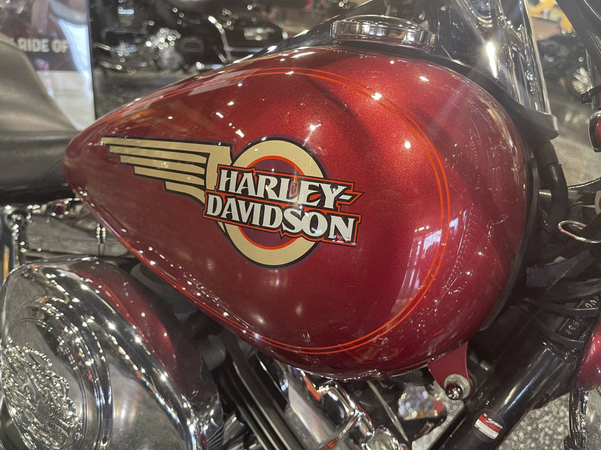 2005 Harley-Davidson FXSTS/FXSTSI Springer® Softail® in Mount Vernon, Illinois - Photo 3