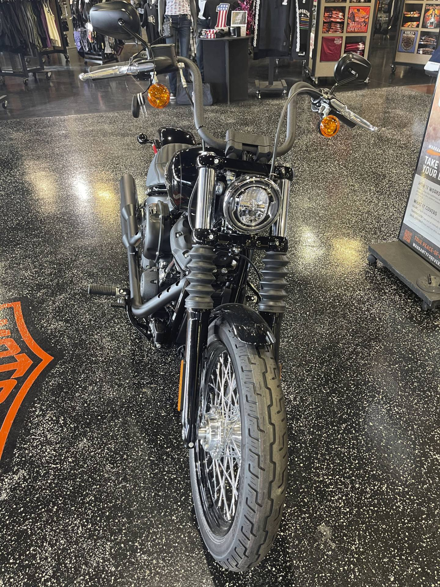 2020 Harley-Davidson Street Bob® in Mount Vernon, Illinois - Photo 6