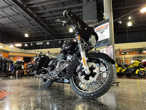 2021 Harley-Davidson Street Glide in Mount Vernon, Illinois - Photo 2