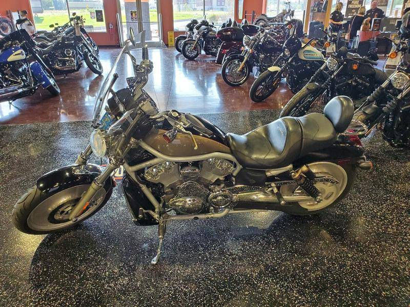 2002 Harley-Davidson VRSCA  V-Rod® in Mount Vernon, Illinois - Photo 6
