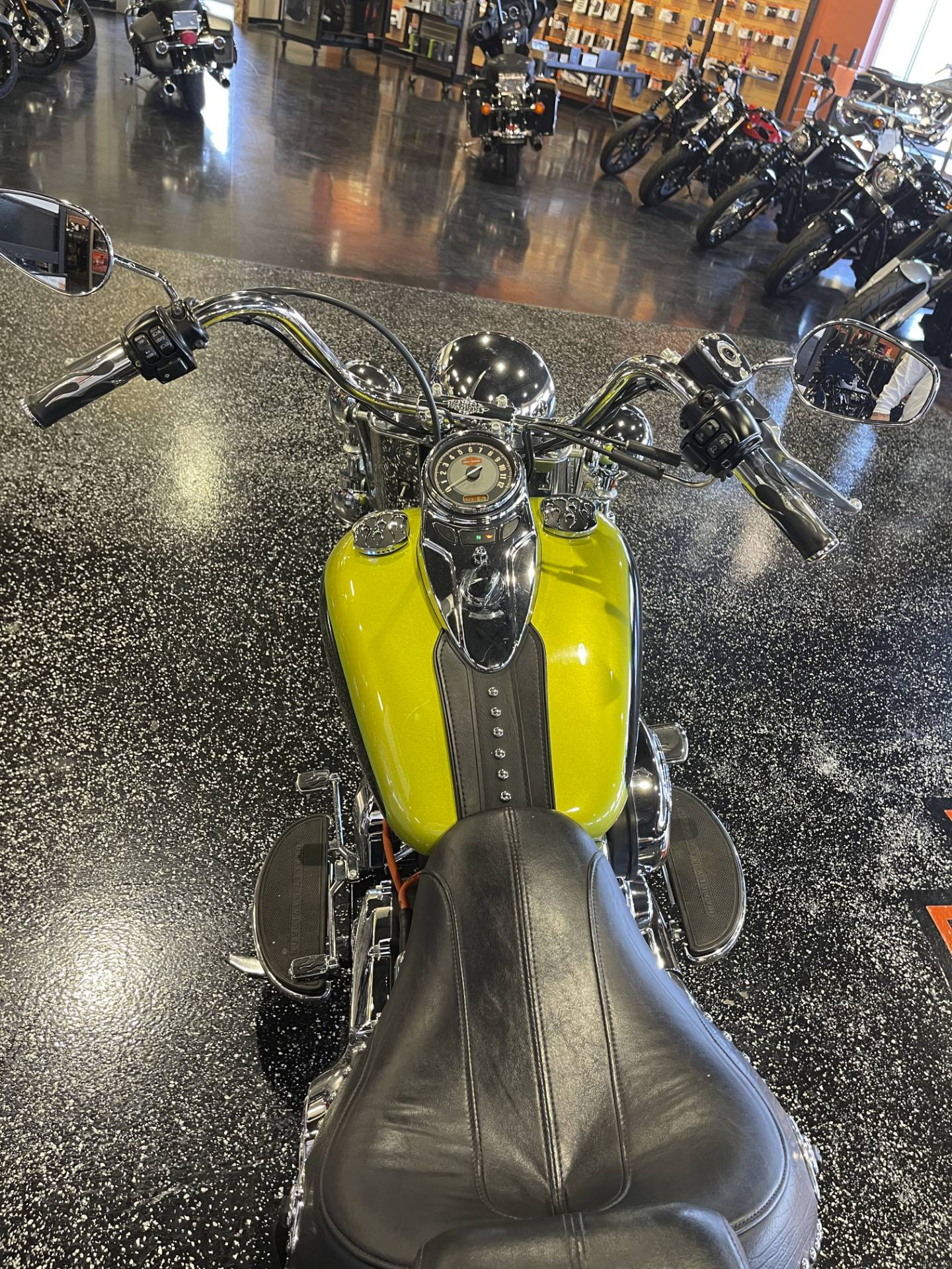 2011 Harley-Davidson Heritage Softail® Classic in Mount Vernon, Illinois - Photo 8