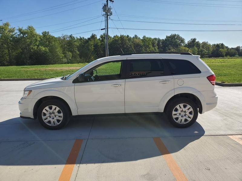 2017 Dodge Journey SE in Mount Vernon, Illinois - Photo 6
