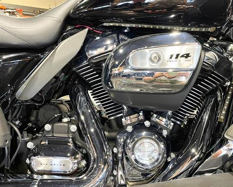 2019 Harley-Davidson Ultra Classic Electra Glide in Mount Vernon, Illinois - Photo 10