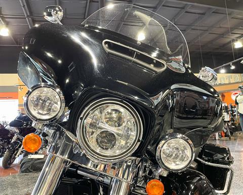 2019 Harley-Davidson Ultra Classic Electra Glide in Mount Vernon, Illinois - Photo 32