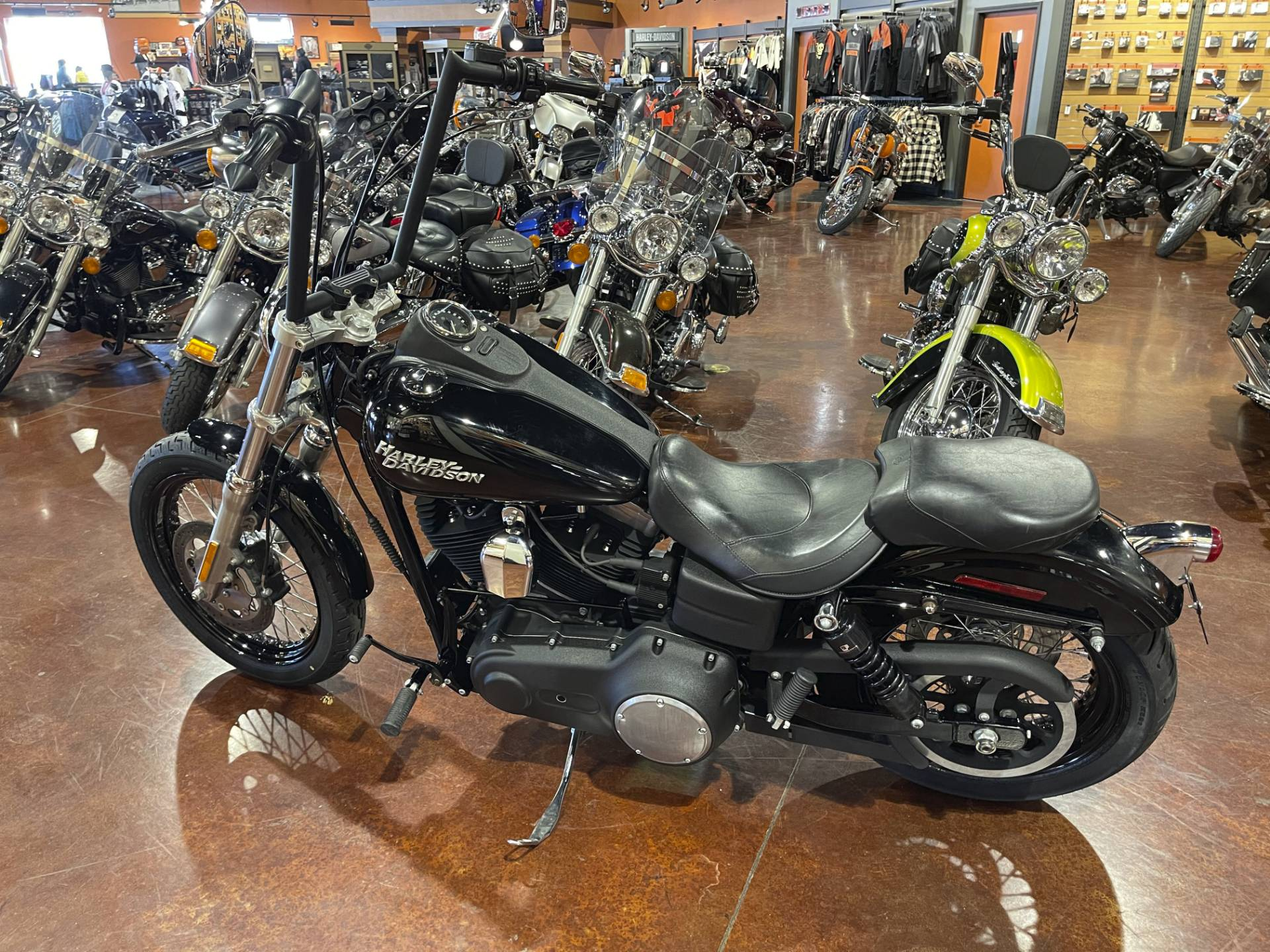 2012 Harley-Davidson Dyna® Street Bob® in Mount Vernon, Illinois - Photo 2