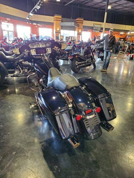 2019 Harley-Davidson Street Glide® in Mount Vernon, Illinois - Photo 12