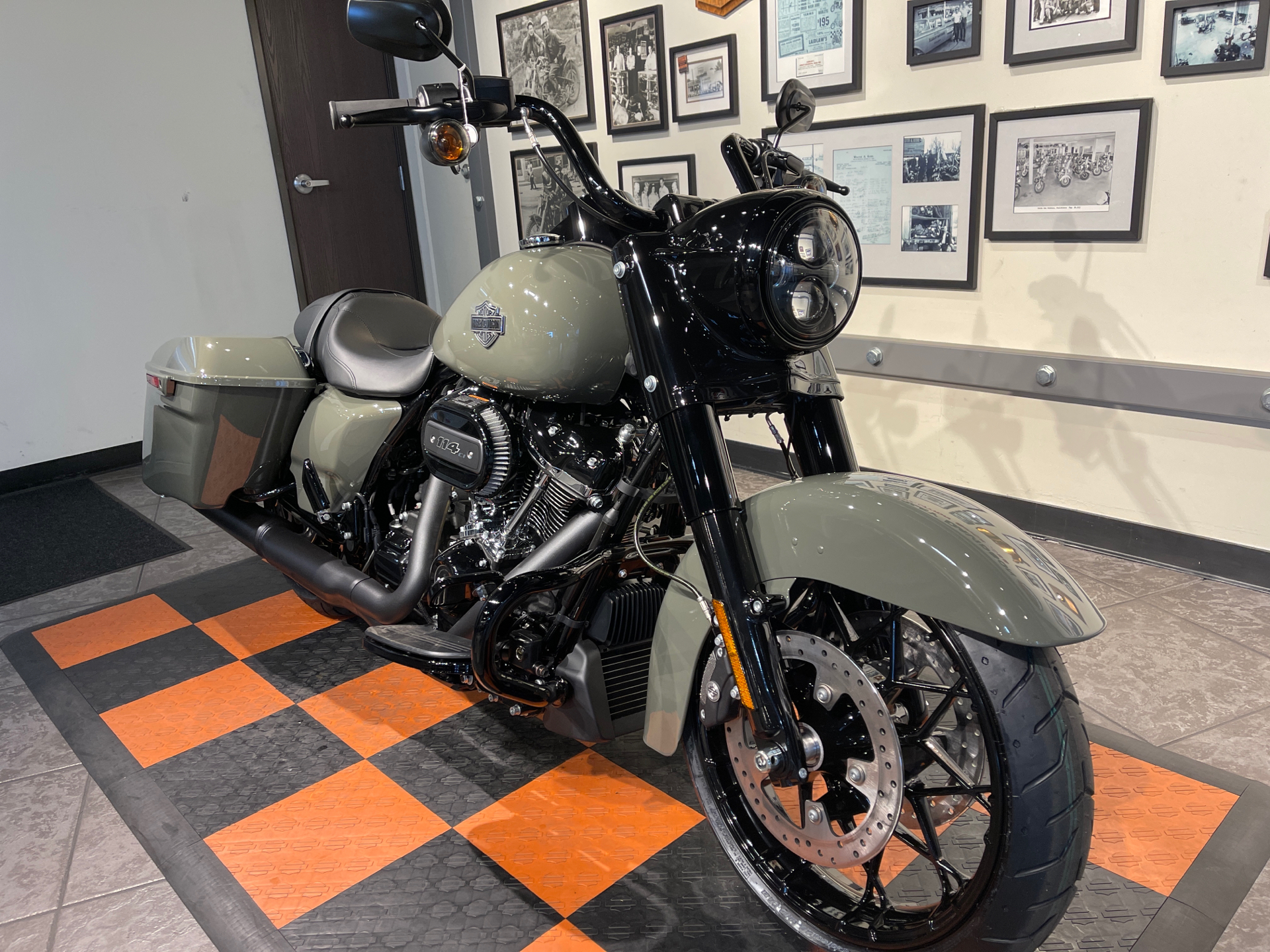 2021 Harley-Davidson Road King® Special in Baldwin Park, California - Photo 12