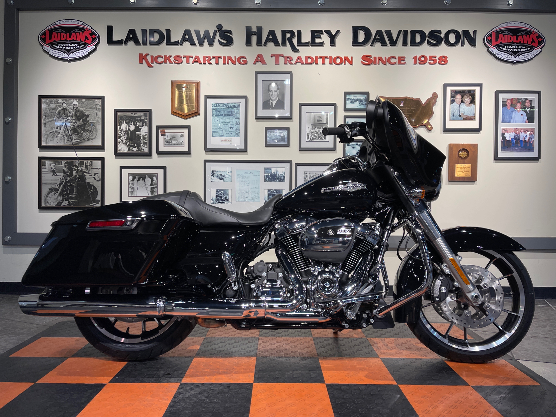 2021 Harley-Davidson Street Glide® in Baldwin Park, California - Photo 1