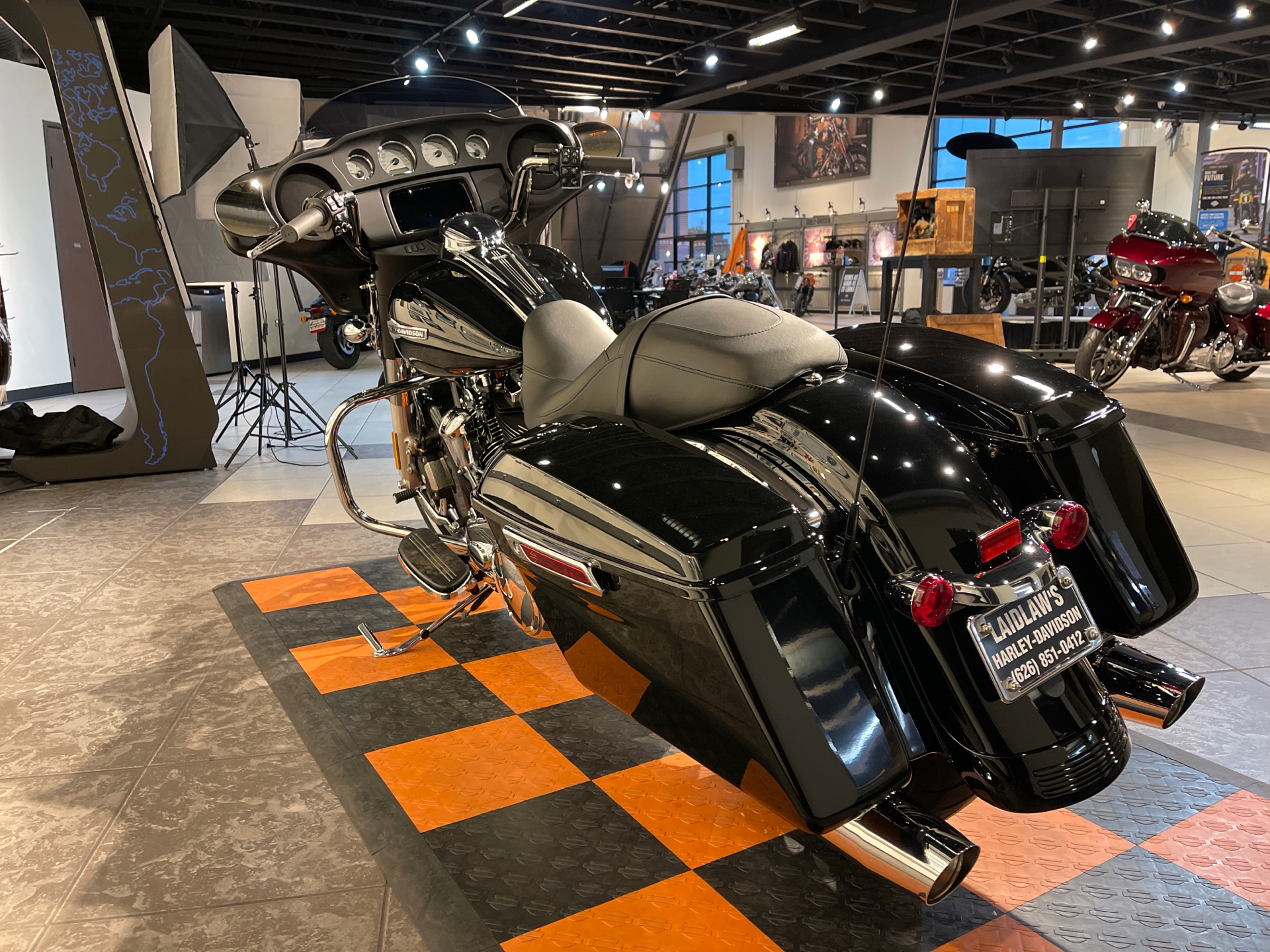 2021 Harley-Davidson Street Glide® in Baldwin Park, California - Photo 8