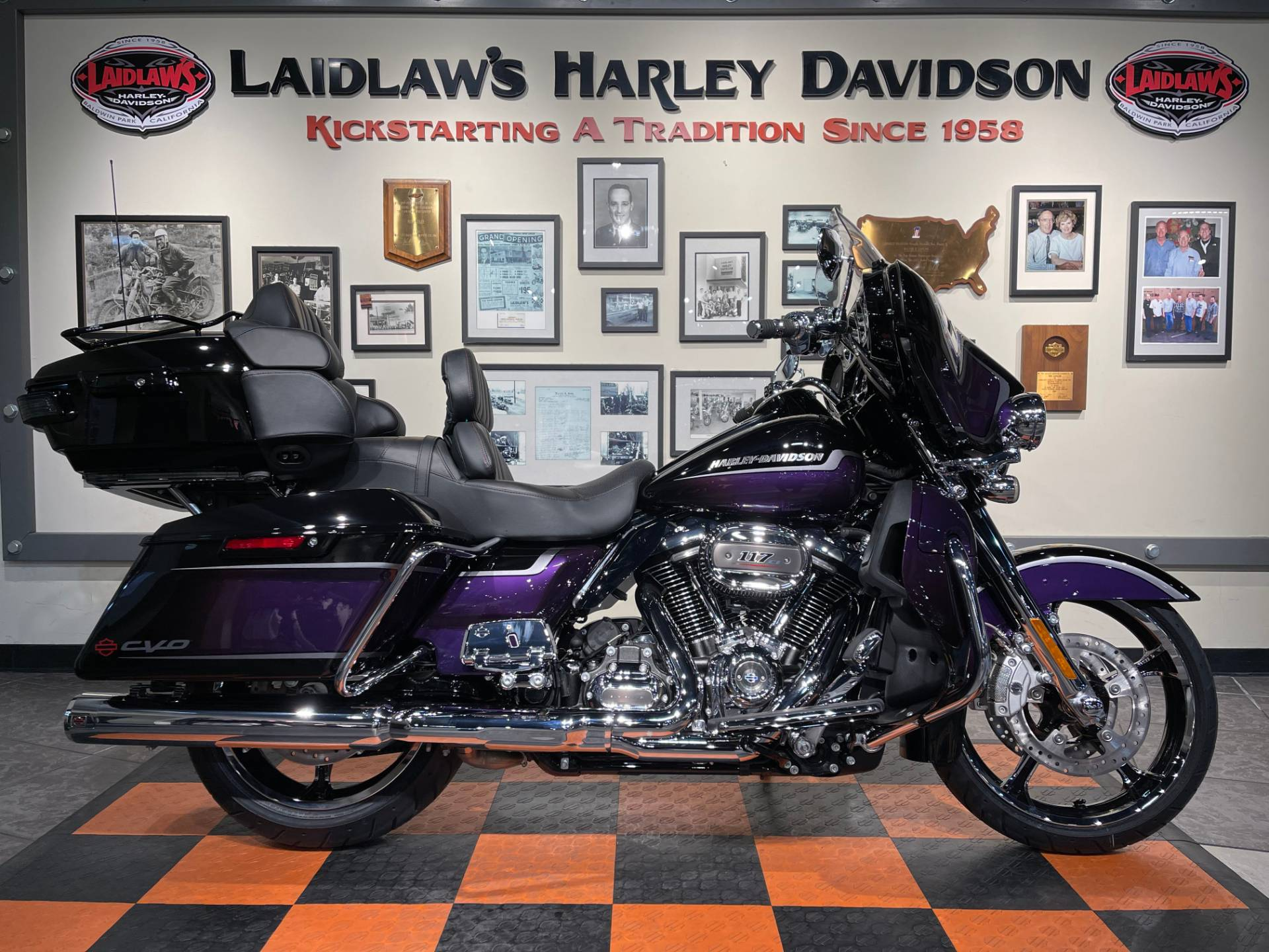 2021 Harley-Davidson CVO™ Limited in Baldwin Park, California - Photo 1