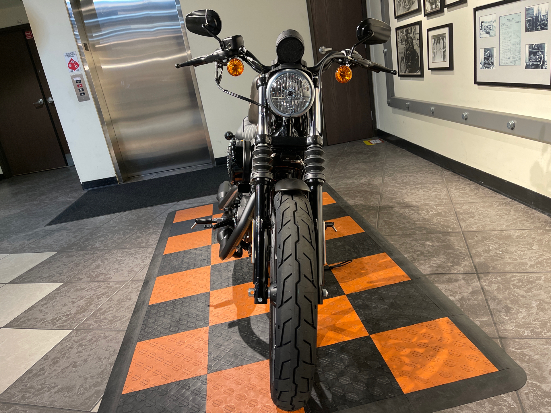 2021 Harley-Davidson Iron 883™ in Baldwin Park, California - Photo 12