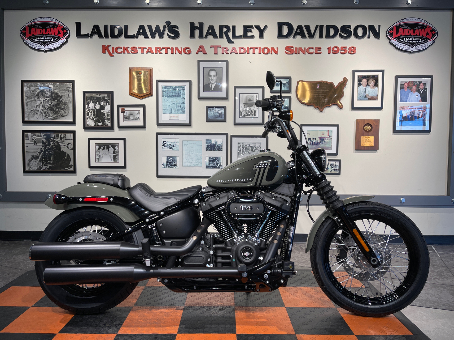 2021 Harley-Davidson Street Bob® 114 in Baldwin Park, California - Photo 1