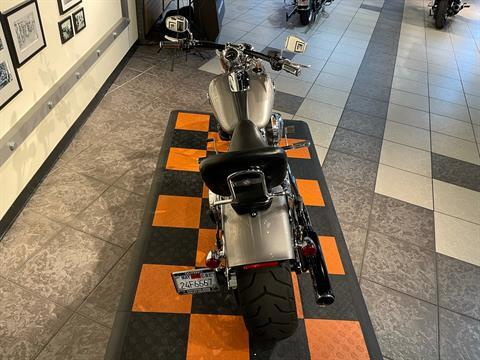 2016 Harley-Davidson Breakout® in Baldwin Park, California - Photo 3