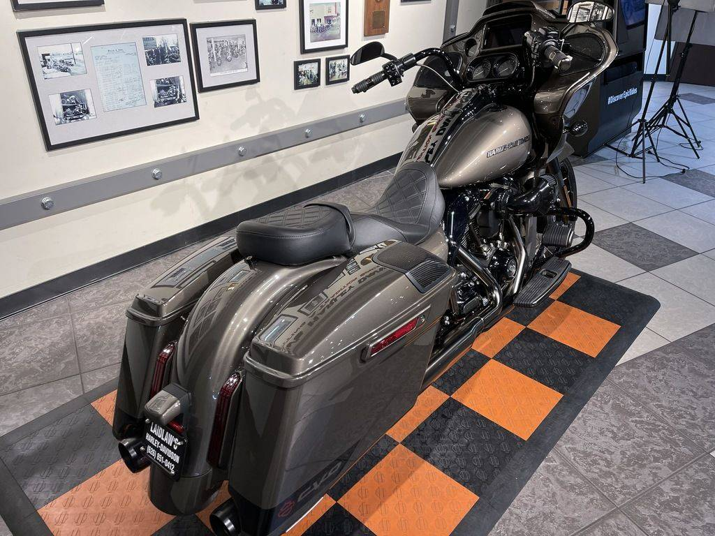 2021 Harley-Davidson CVO™ Road Glide® in Baldwin Park, California - Photo 10