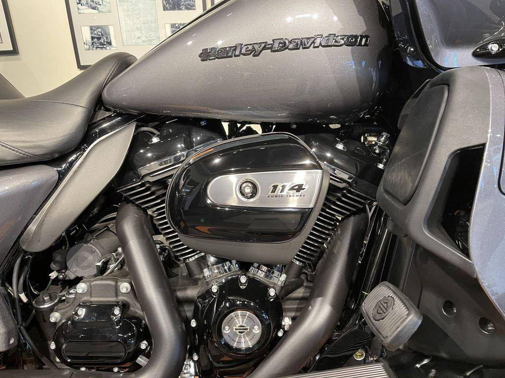 2021 Harley-Davidson Road Glide® Limited in Baldwin Park, California - Photo 3
