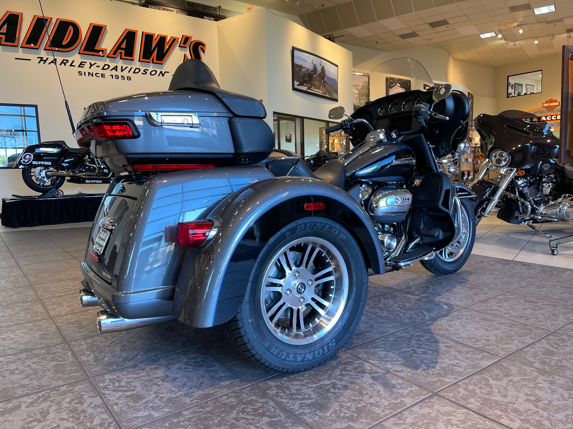 2021 Harley-Davidson Tri Glide® Ultra in Baldwin Park, California - Photo 3