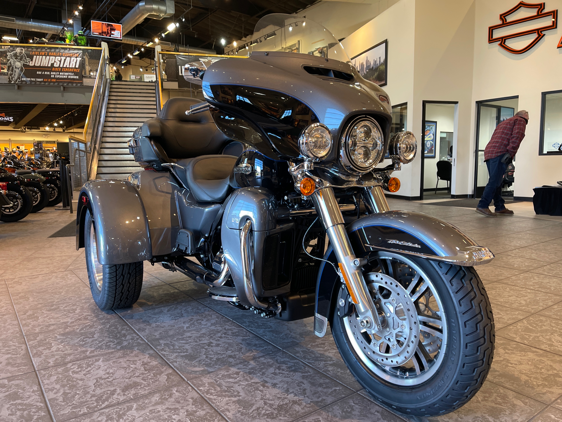 2021 Harley-Davidson Tri Glide® Ultra in Baldwin Park, California - Photo 9