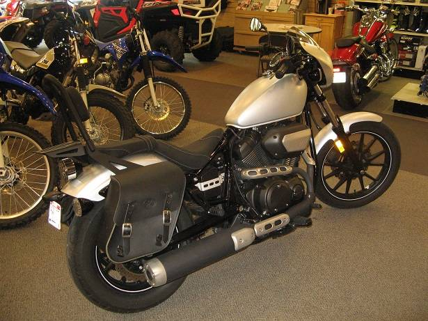 2015 Yamaha Bolt R-Spec in Hailey, Idaho - Photo 2