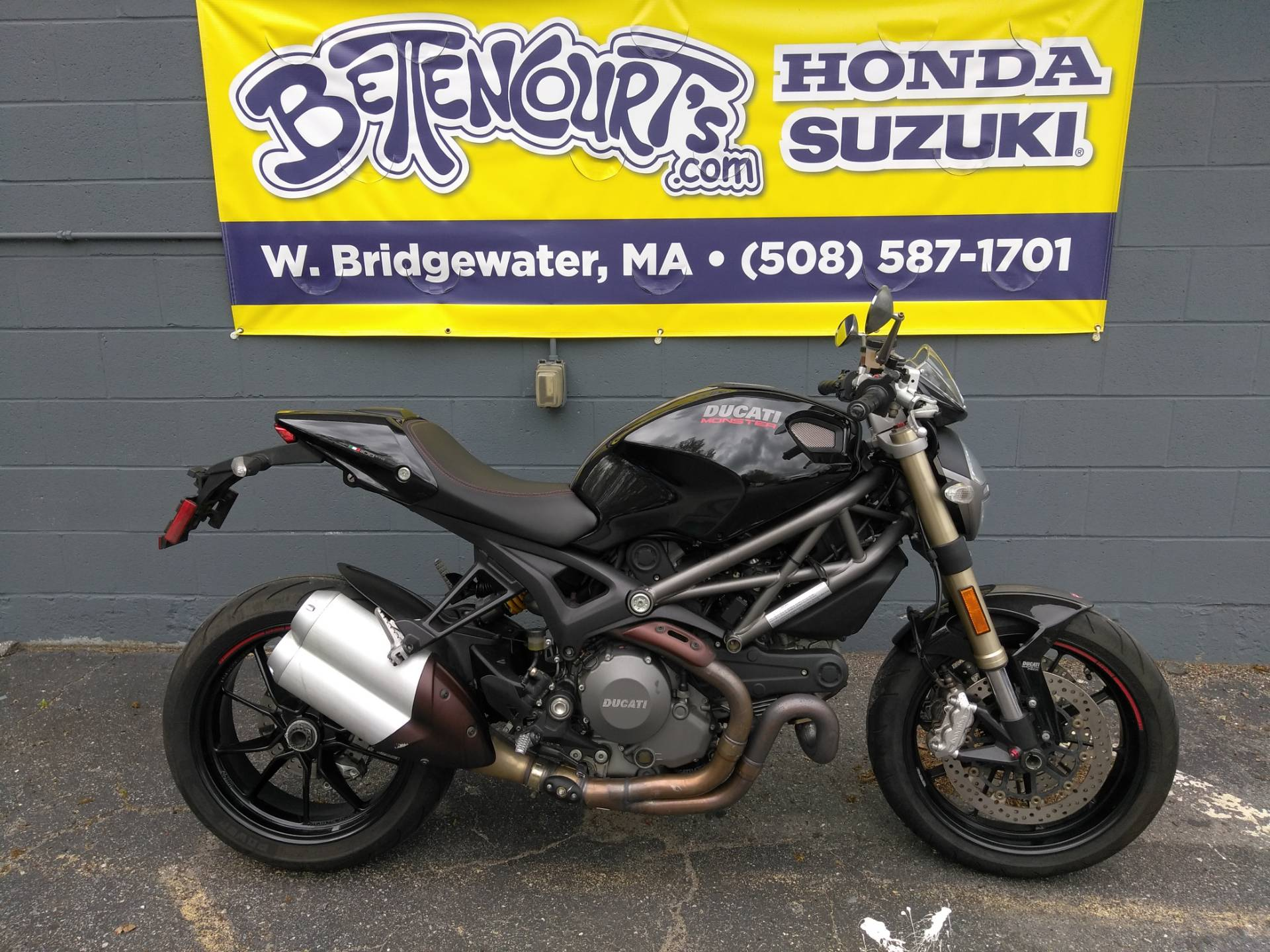 2012 Ducati Monster 1100 EVO in West Bridgewater, Massachusetts