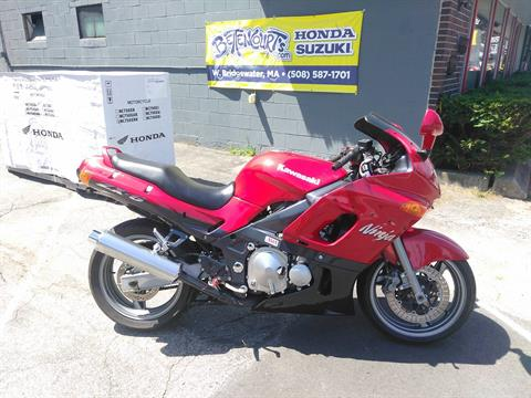 2000 Kawasaki Ninja ZX-6 in West Bridgewater, Massachusetts
