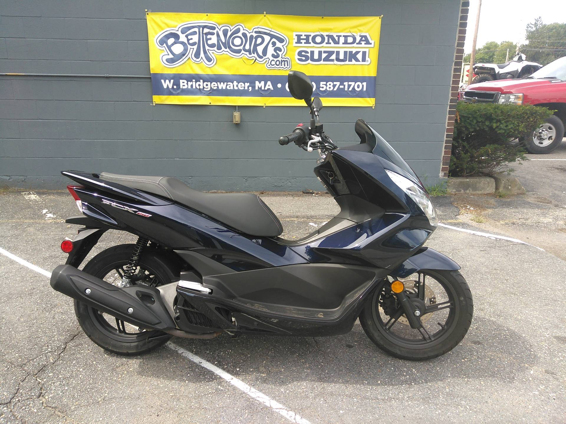 2018 Honda PCX150 in West Bridgewater, Massachusetts - Photo 1