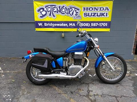 2016 Suzuki Boulevard S40 in West Bridgewater, Massachusetts