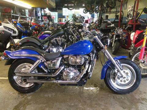 2001 Suzuki Marauder in West Bridgewater, Massachusetts