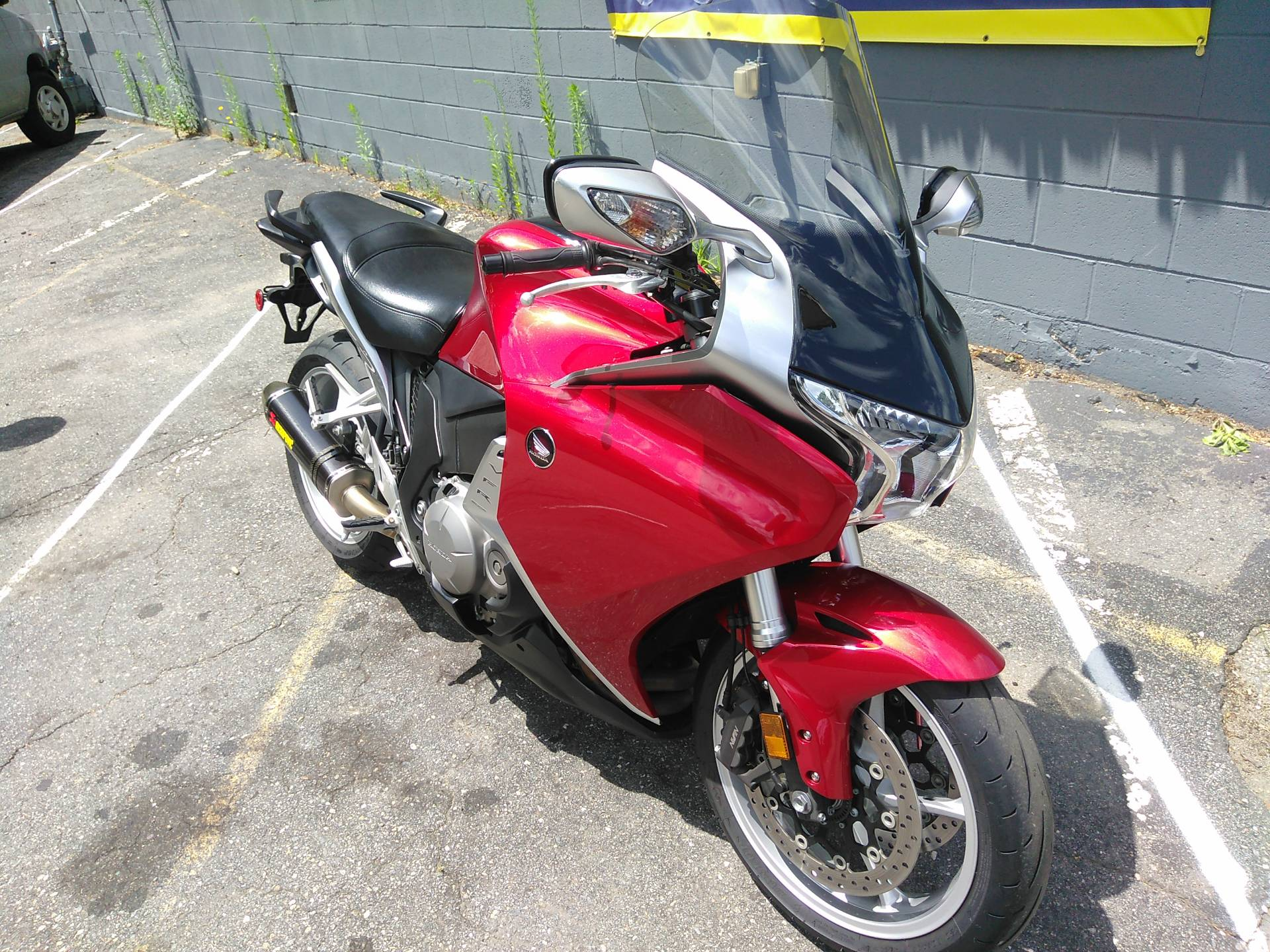 2010 Honda VFR1200F in West Bridgewater, Massachusetts - Photo 2