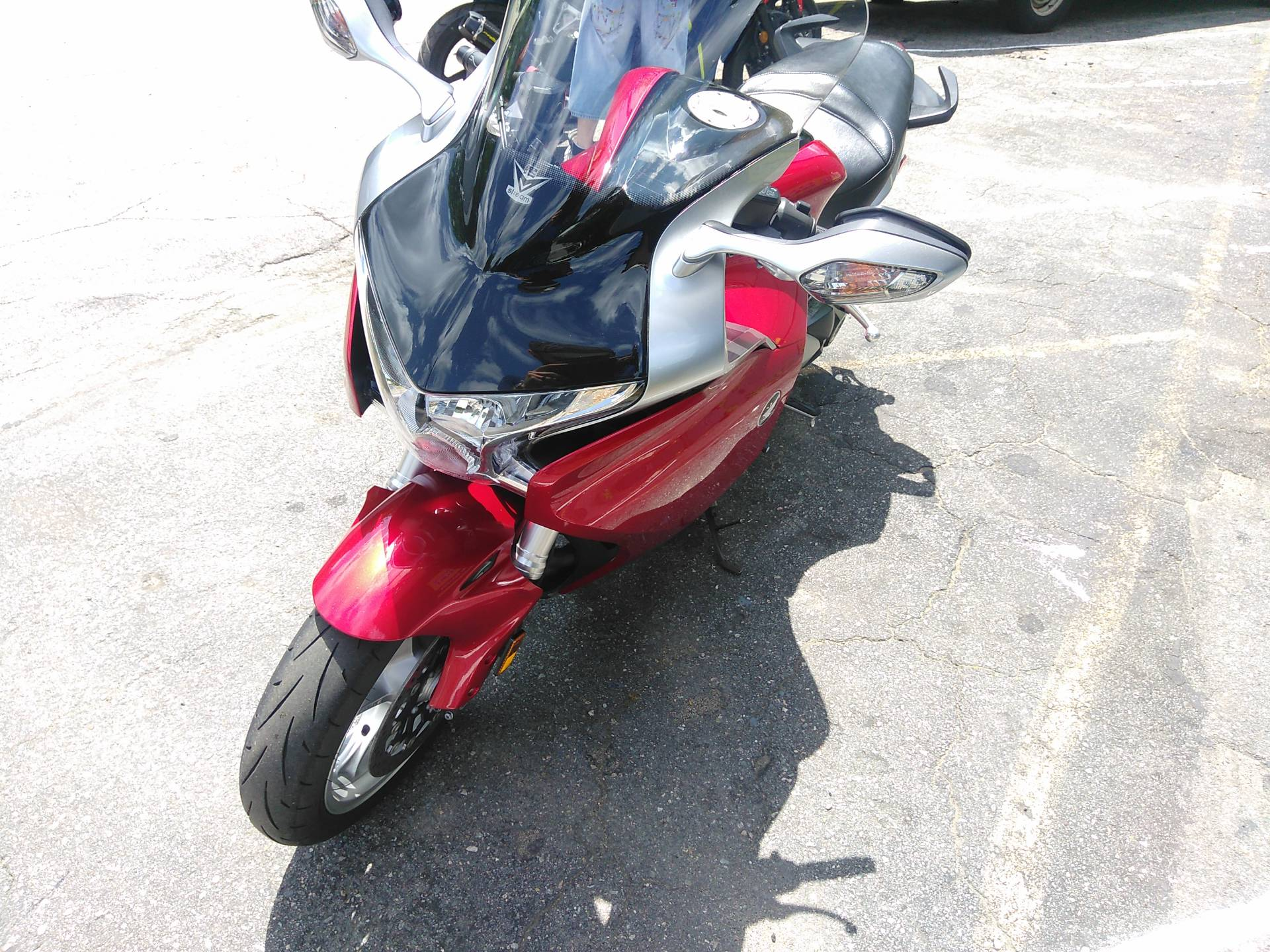 2010 Honda VFR1200F in West Bridgewater, Massachusetts - Photo 3