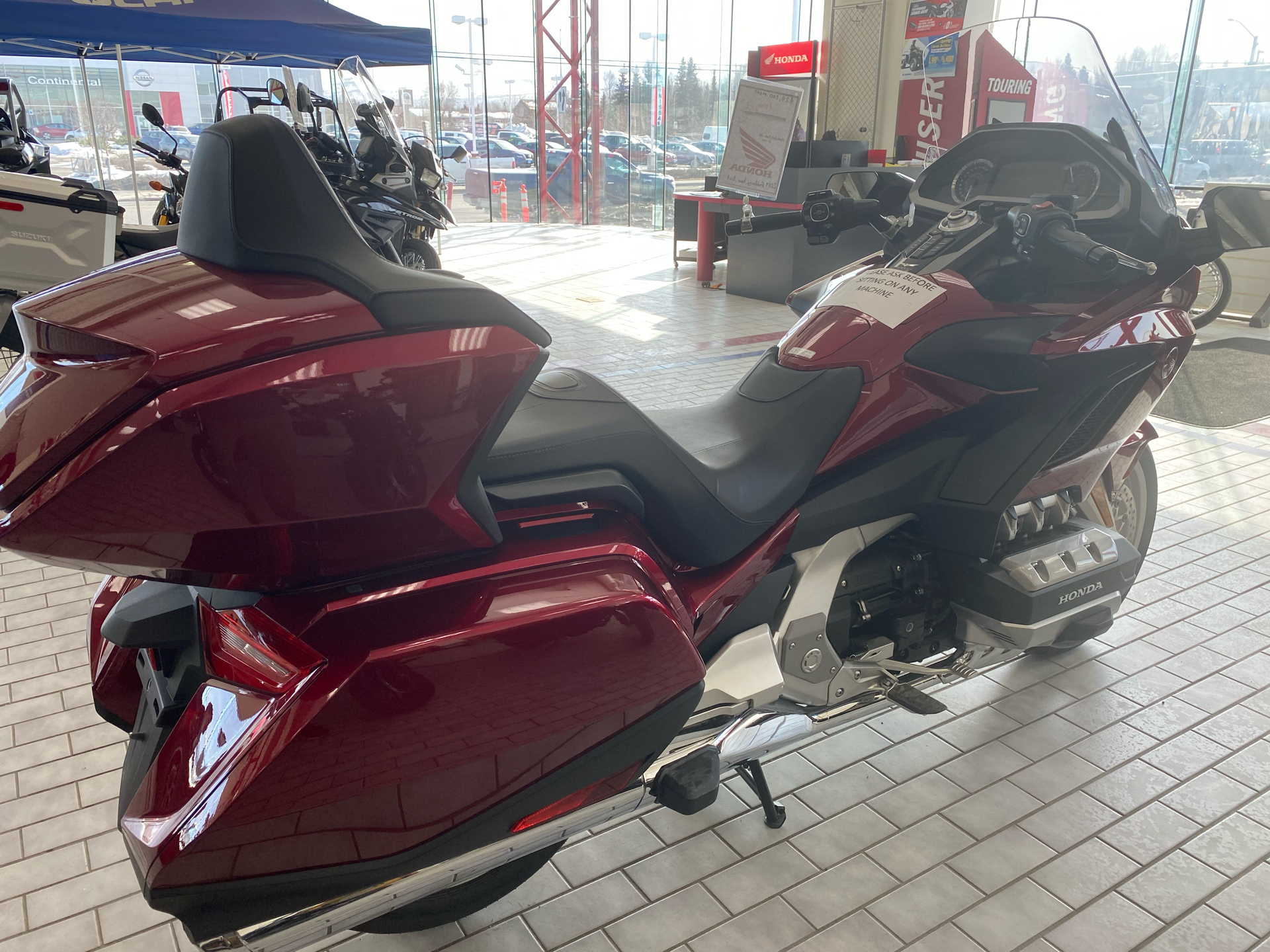 2019 Honda Gold Wing Tour Automatic DCT in Anchorage, Alaska - Photo 2
