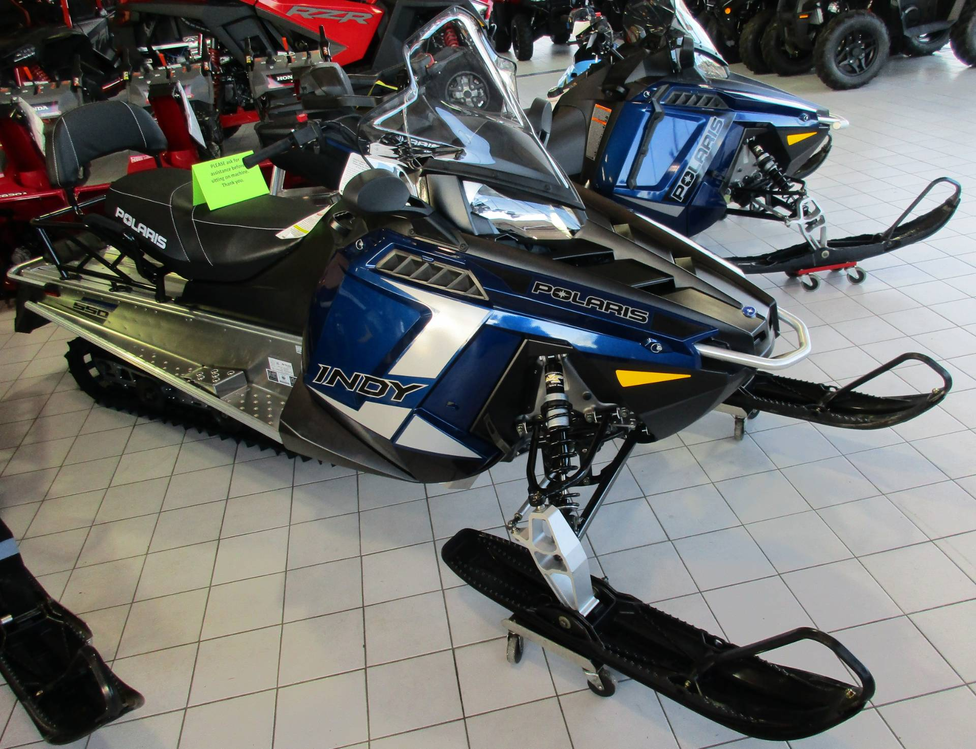 2020 Polaris 550 Indy LXT ES Northstar Edition in Anchorage, Alaska - Photo 2