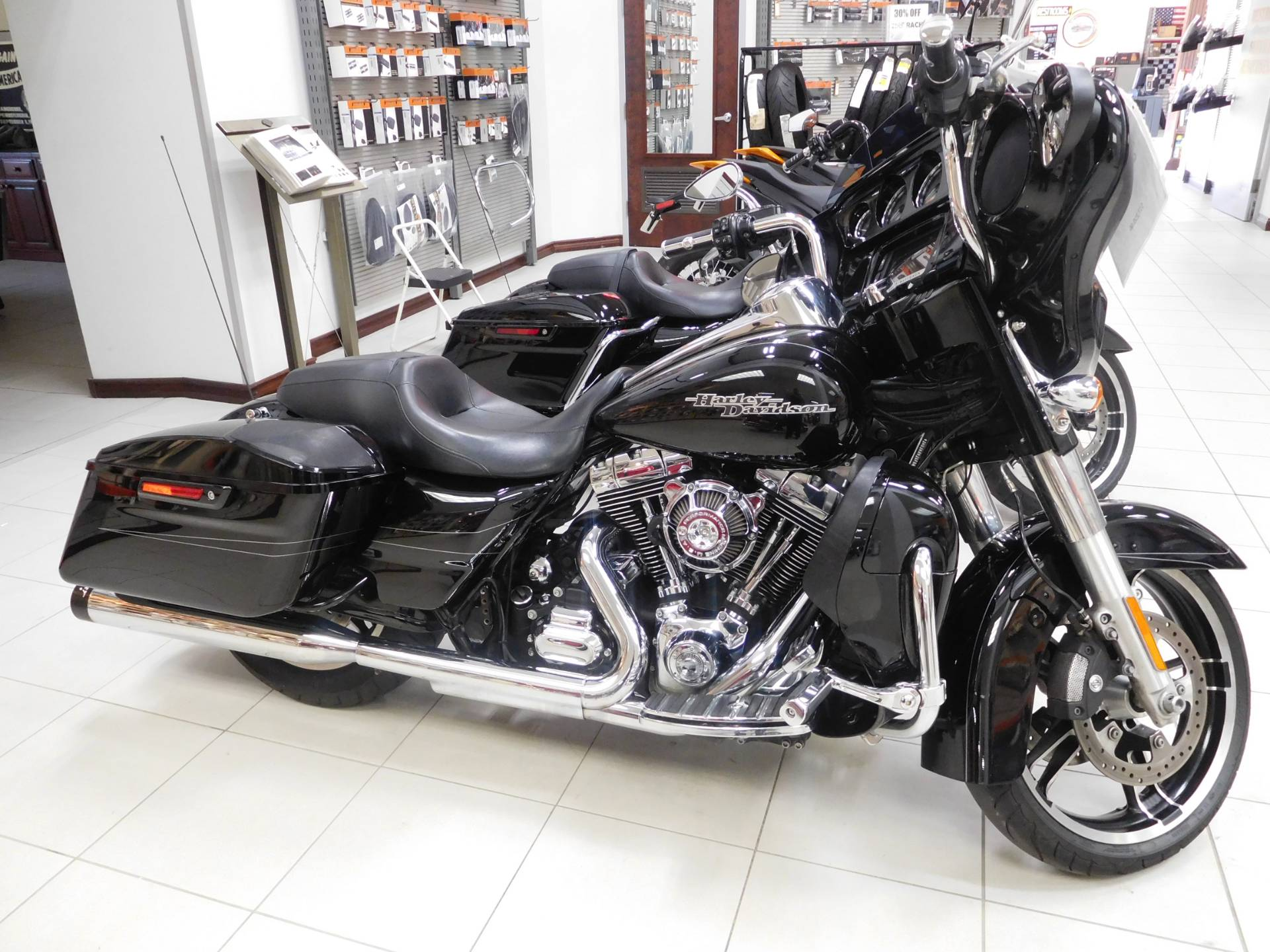 2015 Harley-Davidson Street Glide® Special in Rochester, Minnesota - Photo 1