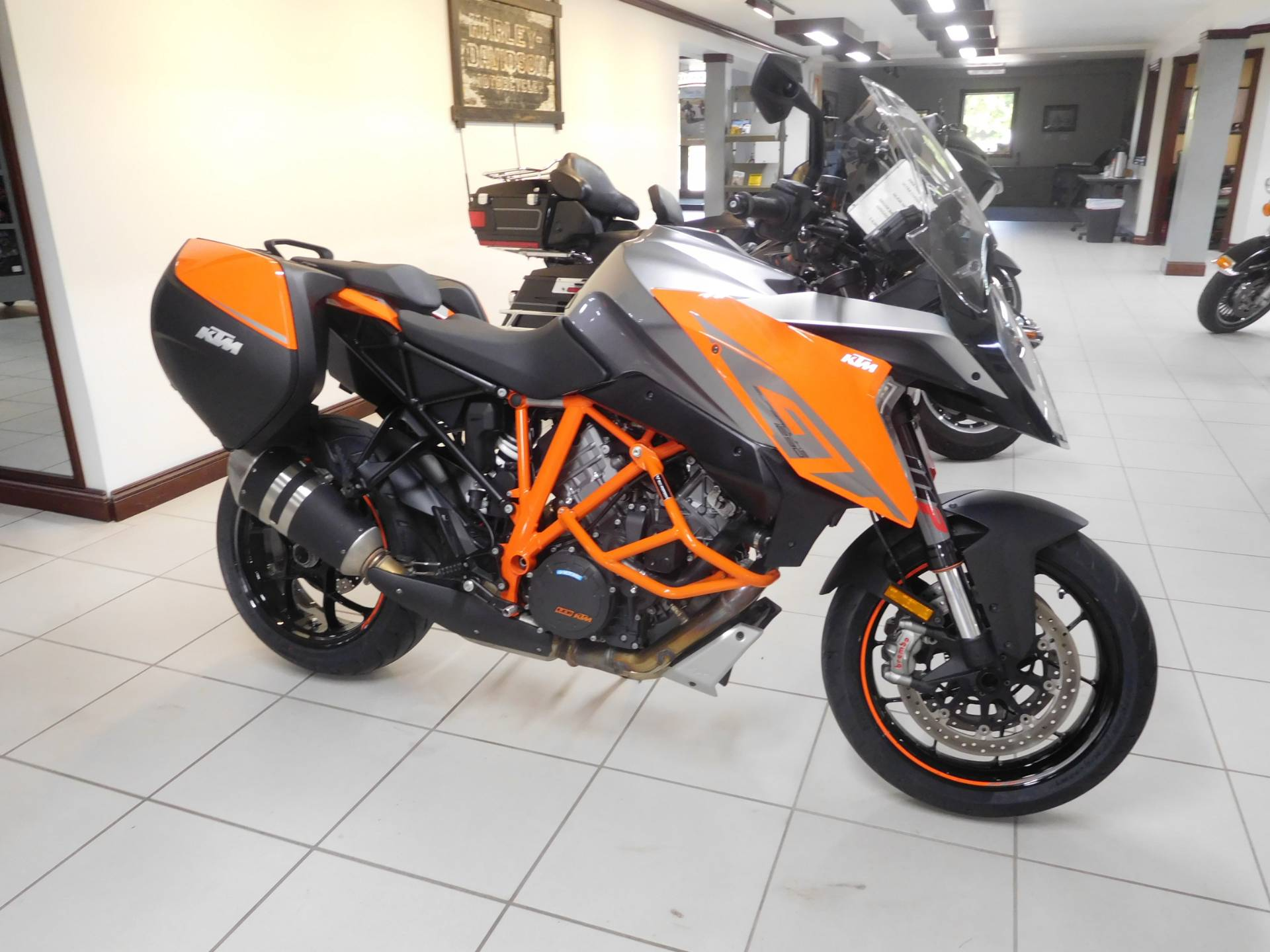 2017 KTM 1290 Super Duke GT in Rochester, Minnesota - Photo 3