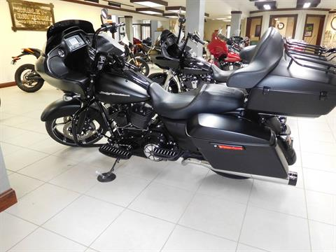 2015 Harley-Davidson Road Glide® in Rochester, Minnesota - Photo 3