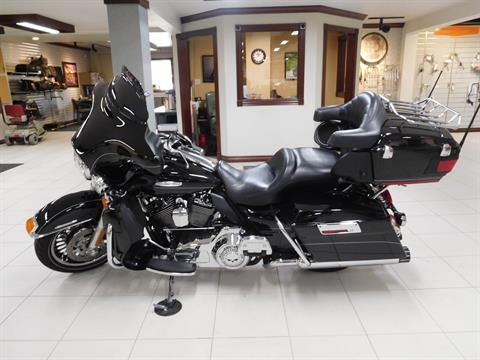 2011 Harley-Davidson Electra Glide® Ultra Limited in Rochester, Minnesota - Photo 3