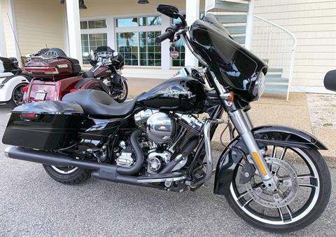 2016 Harley-Davidson Street Glide® Special in Shallotte, North Carolina - Photo 2